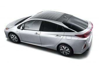 Napelemet kap a Toyota Prius