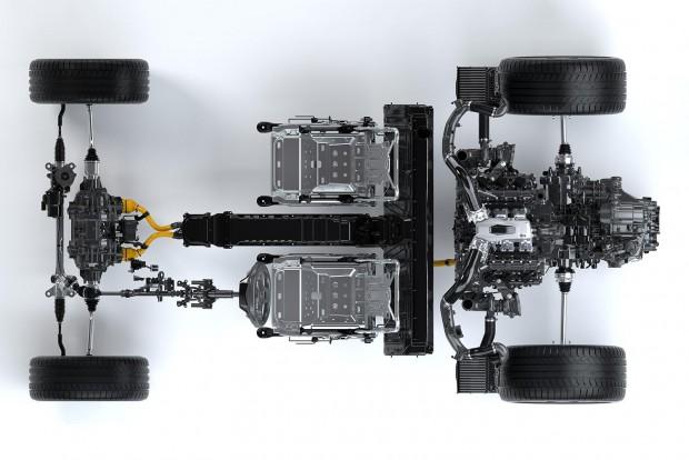 Az Acura NSX hibrid hajtáslánca. Elöl egy-egy villanymotor, hátul a benzinmotorral egybe épített harmadik.
