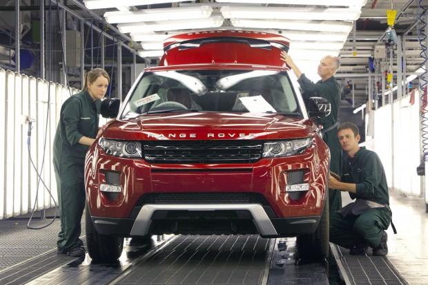 A kis brit prémiummárkák nehezebben váltanak gyártási helyszínt, mint a globális autógyártó multik