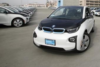 Száz BMW-t kapott a rendőrség