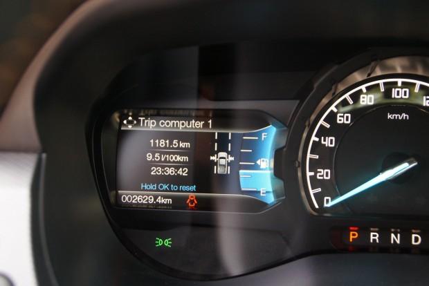 9,8 litert mértem kímélő üzemben, sok országúttal a kútnál
