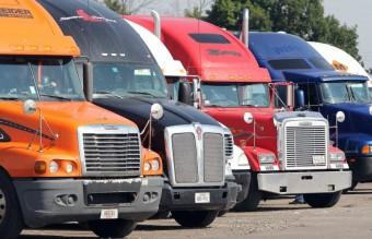 Drasztikusan csökkentenék a teherautók üzemanyag-felhasználását