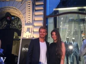 Magyar versenyzőlánnyal találkozott Rosberg