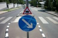 Halálosan cuki KRESZ-táblát találtunk Budapesten 3