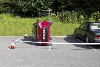 Parkolásból elégtelen