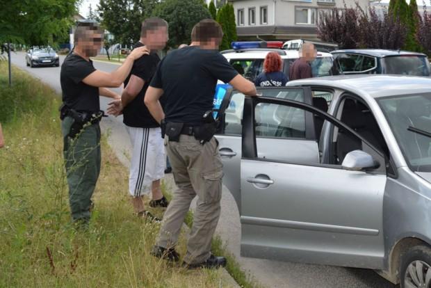 bűnözőJÓ1-police