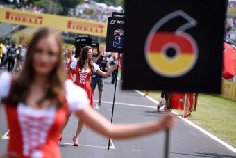 F1: Ricciardo ragaszkodik a grid girlökhöz