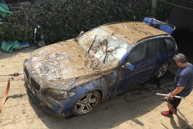 A féléves BMW a legdurvább - úgy néz ki, vége, kuka