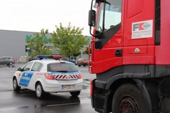 Hétfőtől ismét ellenőrzik a kamionosokat és a buszosokat