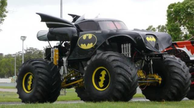 weirdly_customized_cars_640_12