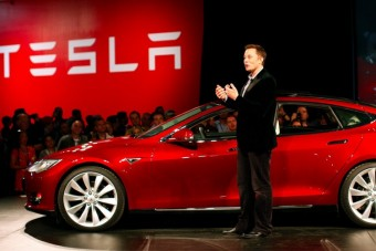 Nem kap fizetést Elon Musk