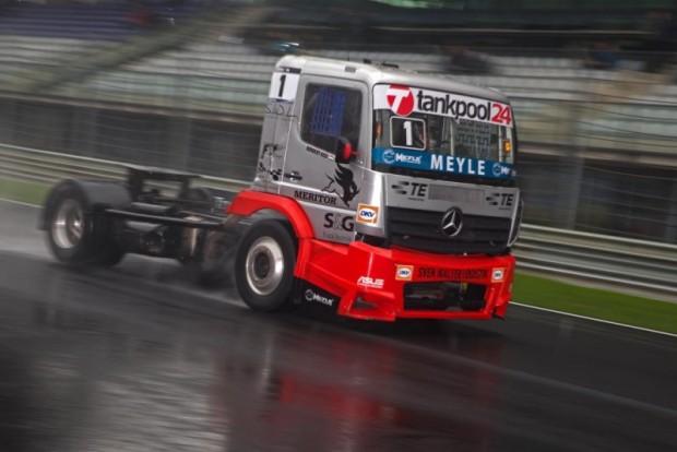 Norbi kamionja sem utolsó minőséget képvisel.