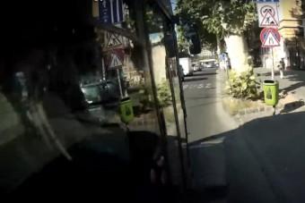 Vádat emeltek a bringást gázoló BKV-sofőr ellen