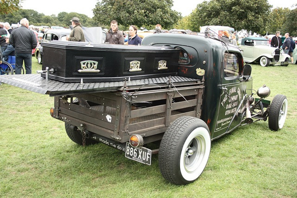 strange-crazy-funeral-vehicles-cars-09