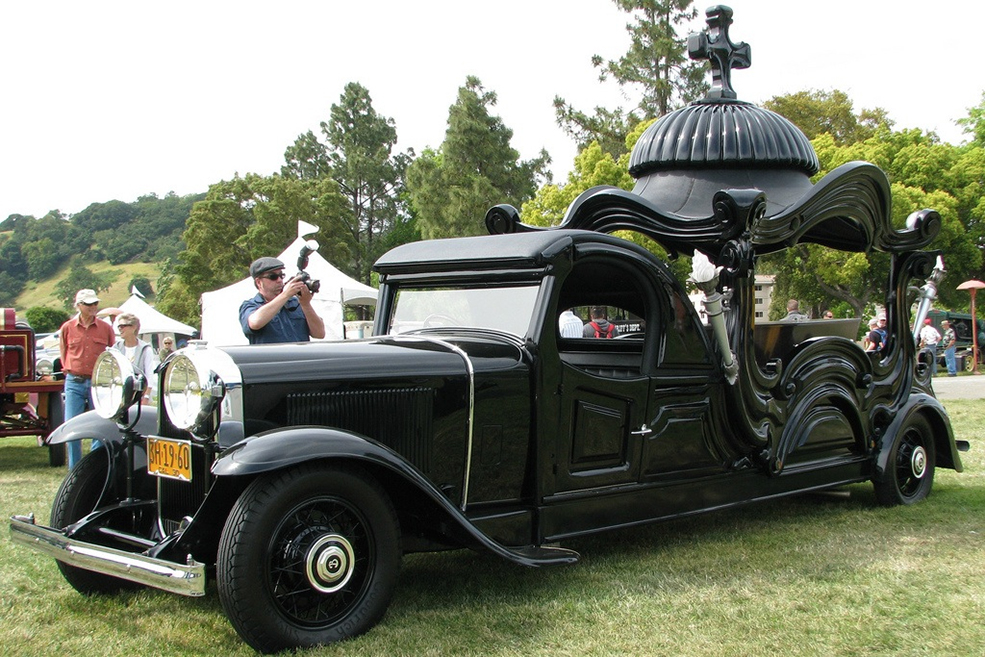 strange-crazy-funeral-vehicles-cars-11