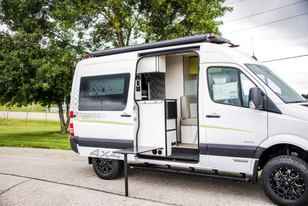 winnebago-concept-adventure-vehicle-46