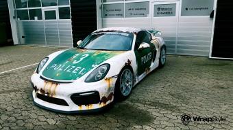 Jól áll a Porsche Cayman GT4-nek a rozsda!