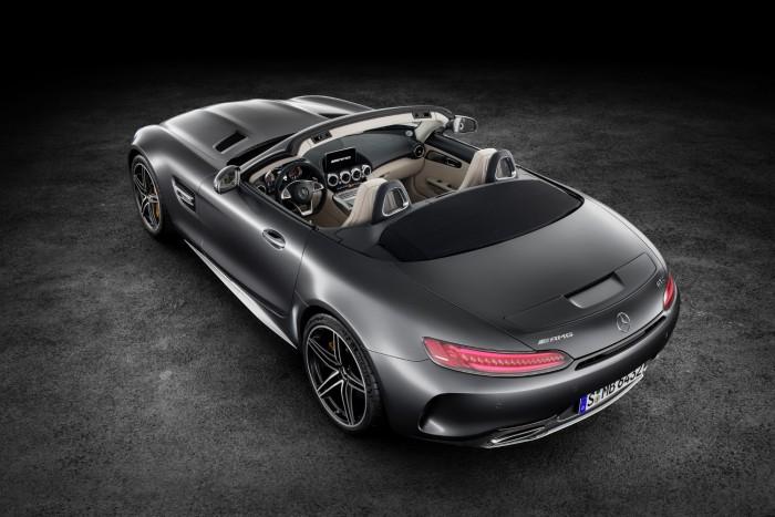 Duplázva nyit az AMG GT Roadster 3