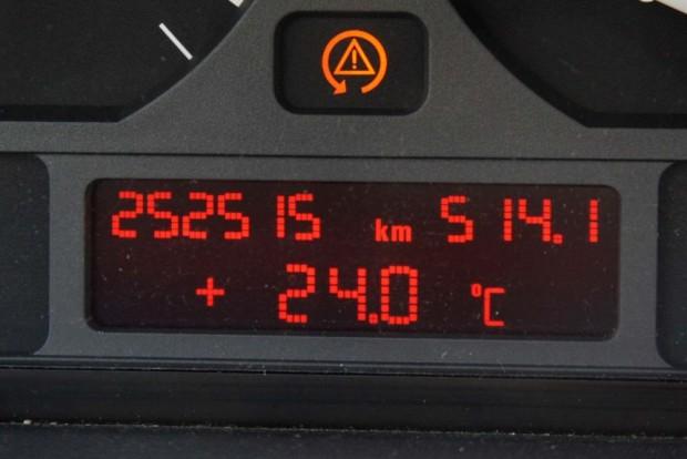 Reálisan ennél többet futottak a ma kapható E46-os dízel BMW-k, kivétlek persze vannak, talán nem annyi, mint 400-500 ezerről visszatekert órás 320d