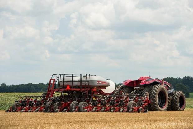 concept-autonomous-tractor-7