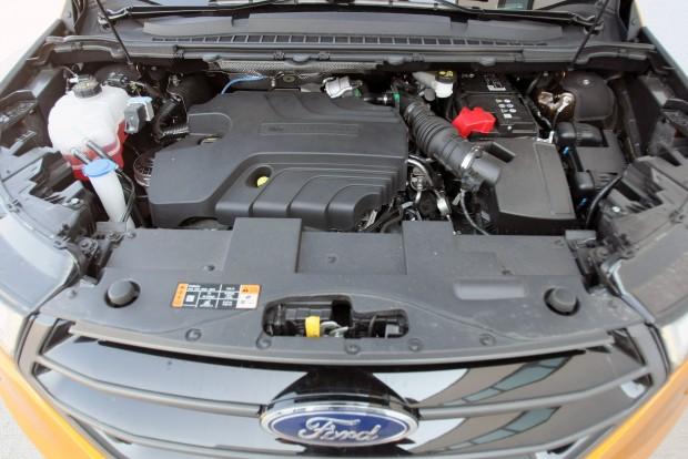 180 és 210 lóerős teljesítményű motor is kerülhet bele, attól függően, hogy milyen váltót szeretne hozzá a vevő