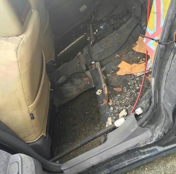 problems_of_having_a_slammed_car_640_07