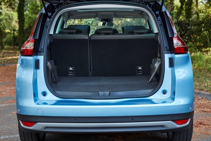XL-ben is elérhető a Renault Scenic 2