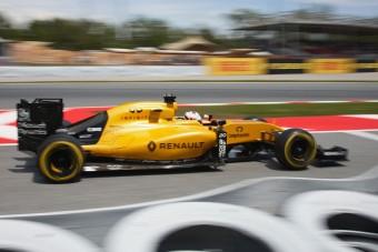 F1: Feszültség a Renault-nál, vezetésre van szükség