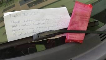 Szívhez szóló levelet kapott a parkolóőr, mégis büntetett