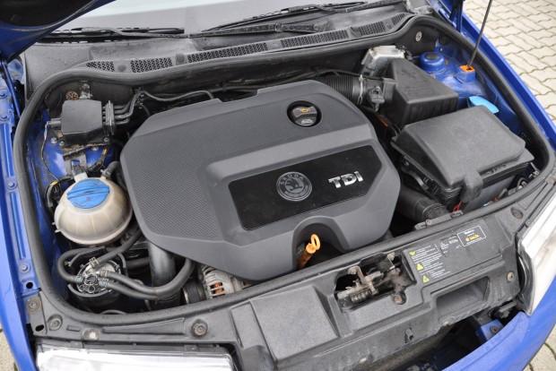 90 vagy 120 ezrenként kell vezérlést cserélni a TDI-n, az olaj minőségén nagyon sok múlik