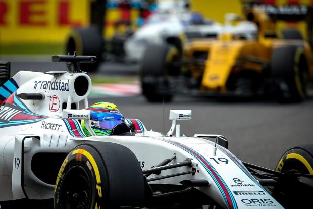 Szuzuka, 2016. október 8. Felipe Massa, a Williams brazil versenyzõje a Forma-1-es autós gyorsasági világbajnokság Japán Nagydíjának idõmérõ edzésén a szuzukai pályán 2016. október 8-án. (MTI/EPA/Diego Azubel)