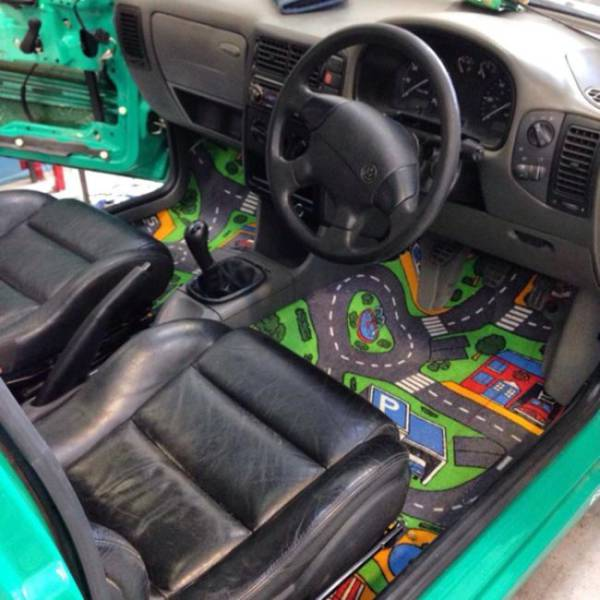 owners_who_took_their_cars_customization_to_a_whole_new_level_640_25