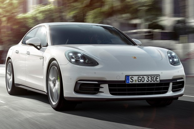 Porsche-Panamera_4_E-Hybrid-2017-1600-02