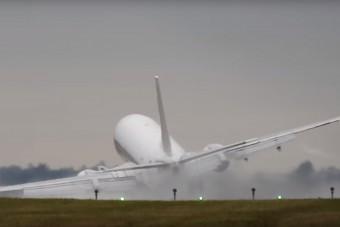 Kínos: a klímakutatók a legtöbbet repülő tudósok