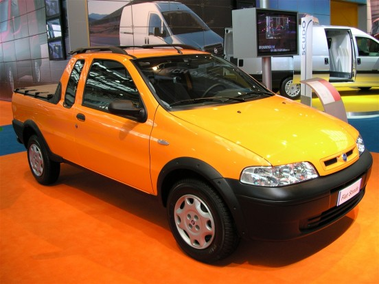 2001-es Fiat Strada