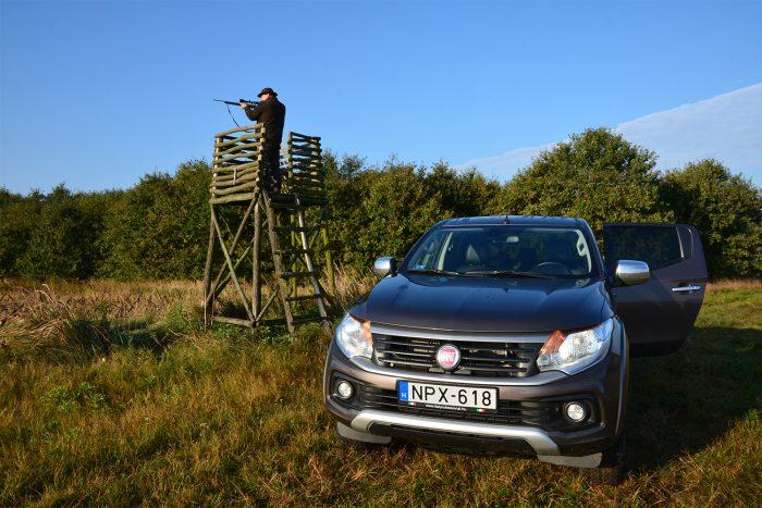 Fiat Fullback és a vadász