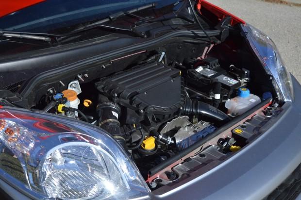 A 1.3 literes, 95 lóerős motor az utastérben szinte alig hallható az utastérben.