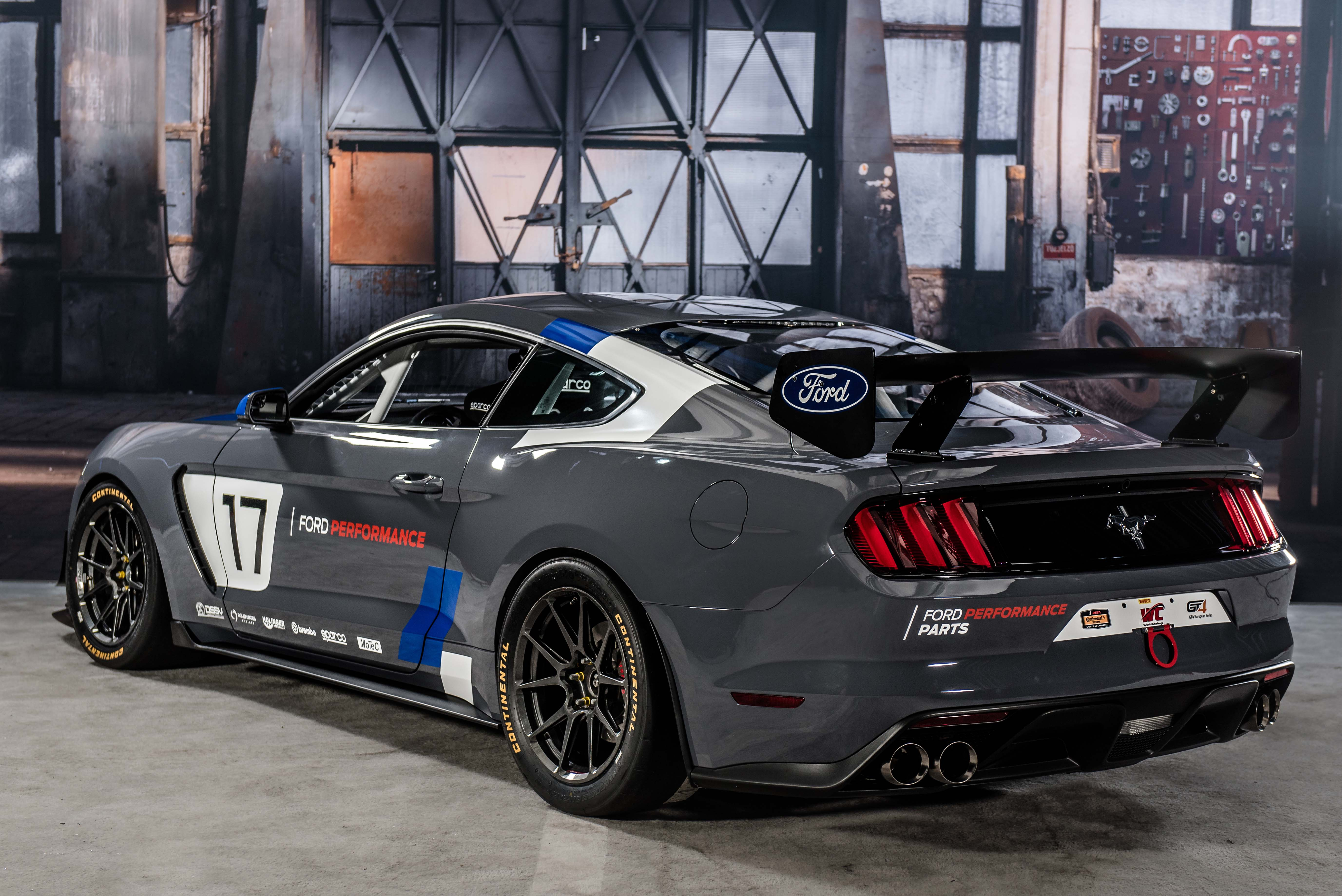 Mustang GT4 Ford Performance_web 2