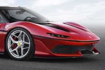 Elképesztő roadsterrel ünnepel a Ferrari Japánban