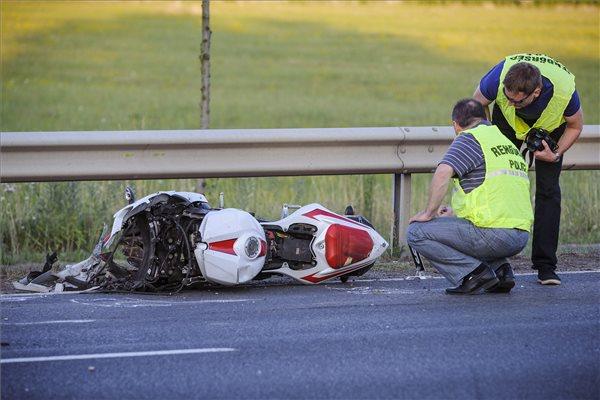 baleset motor debrec