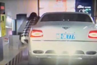 A nap videója: észt nem osztottak a Bentleyhez
