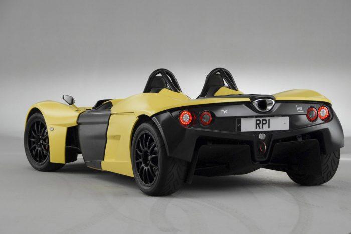 Egyik motorja a háromhengeres EcoBoost bő 180 lóerővel, a rekordot a kétliteres hozhatja majd