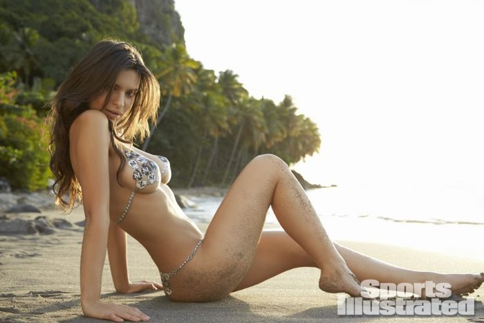 emily-ratajkowski-in-sports-illustrated-2014-swimsuit-issue_26