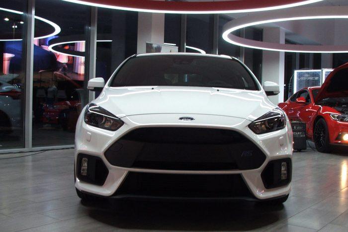 Glóriával kiemelt helye van az RS-, ST- és a Vignale-termékvonalnak a Ford Store-szalonokban