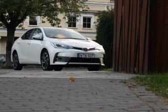 Mit tudhat egy Toyota Corolla, amit a többiek nem?