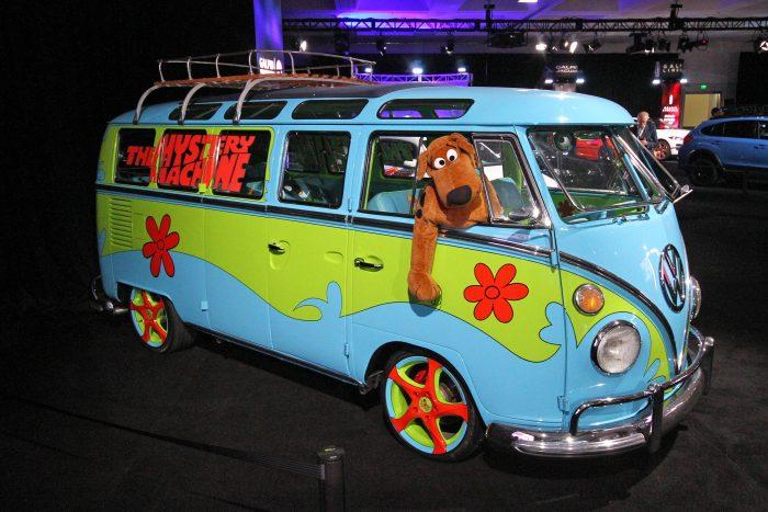 Újabb meseautó, ez a rajzfilmből előbukkant hippibusz