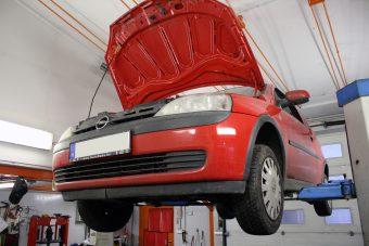 Használt autó: gyógyítás 6000 forintból