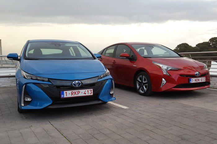Akárhogy néznek ki, a mérnöki csúcsteljesítményt értékelők számára ezek lenyűgöző járművek. Az új konnektoros változat benzin nélkül felmelegíti az utasteret mielőtt elindulnánk, napenergiával növeli az elektromos hatótávot, és -20 fokban is melegen tartja az akksikat, hogy a hatékonyságuk tökéletes legyen