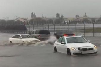 Három BMW-st szégyenített meg ez az audis