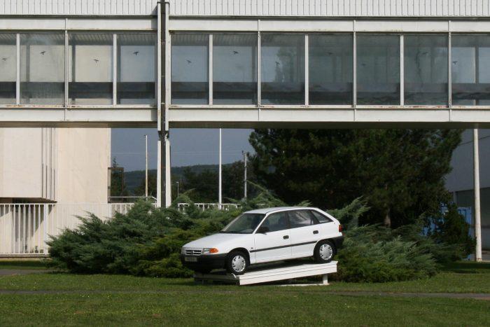 25 éve pár hónappal korábban kezdődött az Astra F összeszerelése, mint a motorgyártás